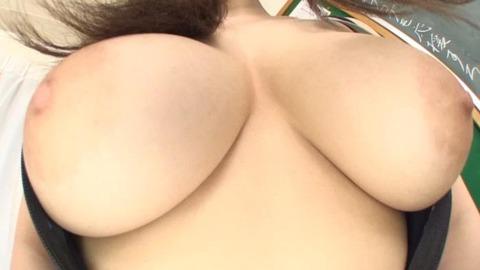天音ありすの爆乳ハミ乳競泳水着-006