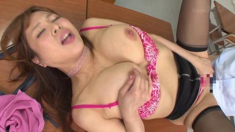 淫欲ママのセックス面談 (37)
