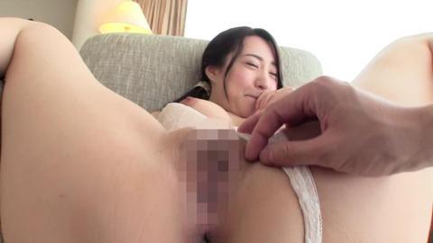 竹内瞳 (25)