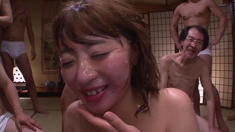 初美沙希ぶっかけ (50)