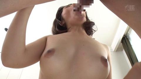 突然できた若くてキレイで裸族な義母 (13)