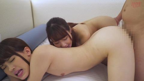 ママ友たちとハーレム3P (47)