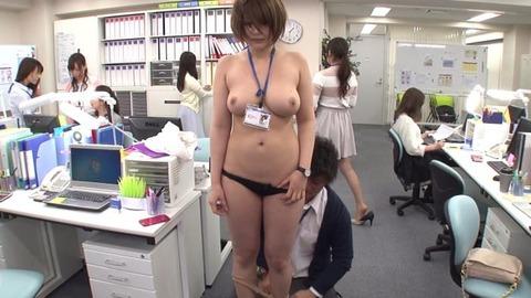 オフィスでSEXマネキンチャレンジ (14)