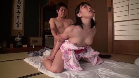 明里ともか (46)