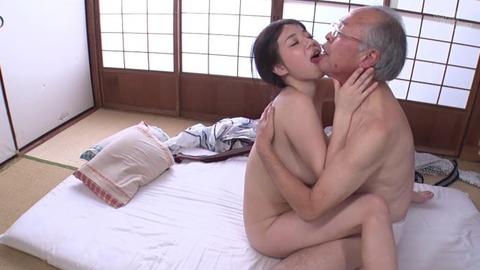 斉藤みゆ (37)