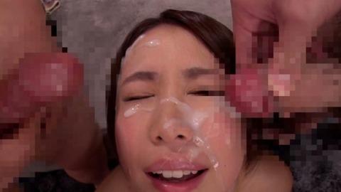 戸田エミリがぶっかけザーメンまみれ-004