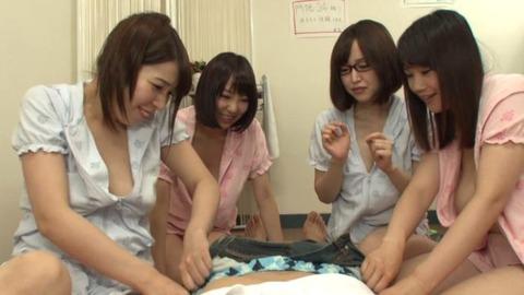 巨乳だらけの女子大生寮で毎日種付SEX02枚目