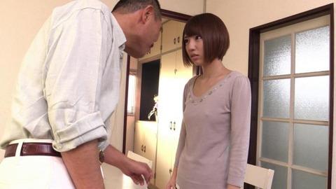 借金返済のためにカラダを売る若妻_006
