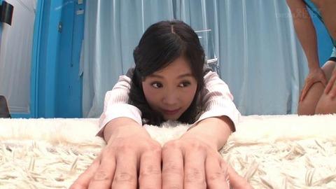 【MM号】デカ尻タイトスカートOL (41)
