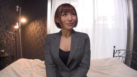 27歳大人の魅力溢れるショートカット美人 (5)