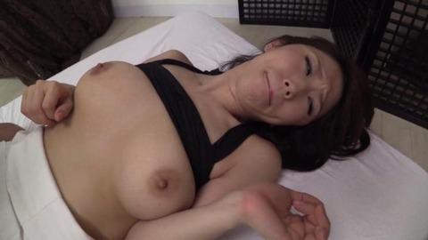 篠田あゆみ (34)