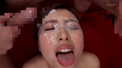 現役女子大生、橋口りおなに精液ぶっかけまくる完全フェチ画像!