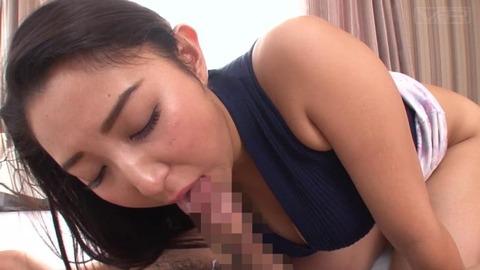 童貞息子の将来を気にした巨乳の母 (29)
