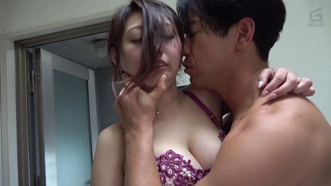 セレブ人妻ナンパ生中出し (45)