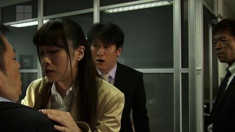 桐山結羽 (36)