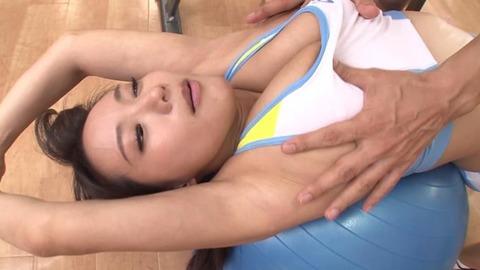爆乳AV女優、澁谷果歩 (33)