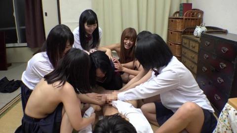 女子寮でパンチラ祭-50