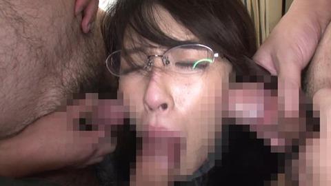 乳首だけでイってしまう三十路妻 (11)