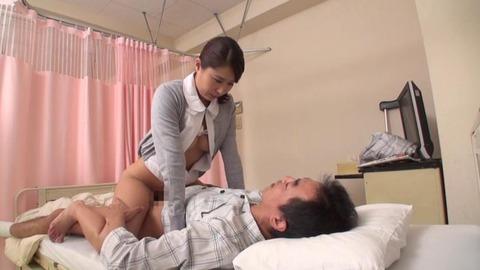 元ピンサロ嬢だった美人ナース (29)