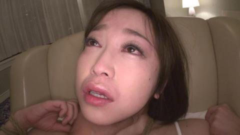 ケツ穴&オ◯◯コ2穴中出し調教される篠田ゆう35枚目