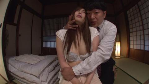 佐々木あき (32)
