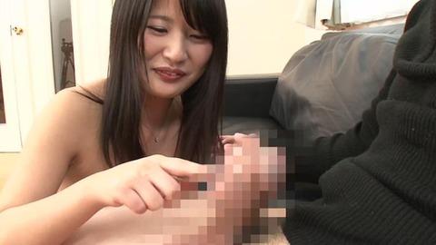 笑顔で童貞の筆おろしする素人妻 (6)
