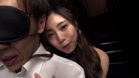 仁美まどか (32)
