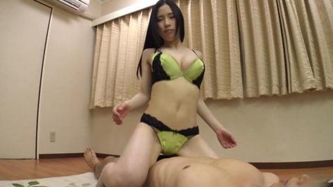可愛い巨乳女子大生_027