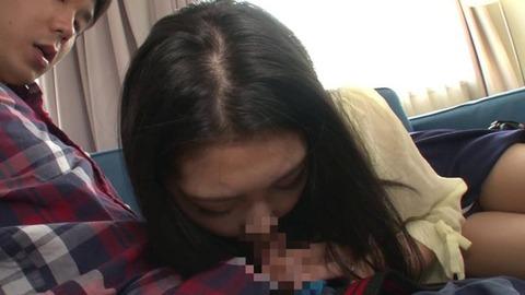 公衆トイレでバイブオナニーする人妻 (24)