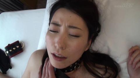 竹内瞳 (32)