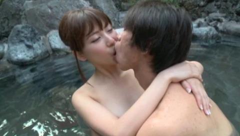 超絶美女と湯けむり温泉FUCK41枚目