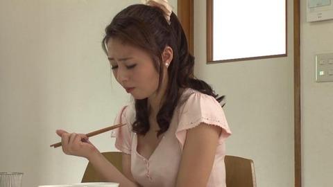 前田可奈子 (32)