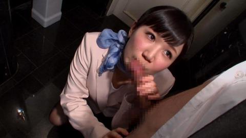 エロ-美人-コンシェルジュ-18