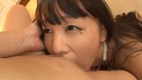 篠宮ゆりと小西まりえのレズ画像27枚目