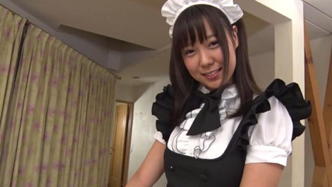 めっちゃカワ従順メイド (28)