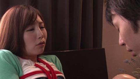 佐々木あき (34)