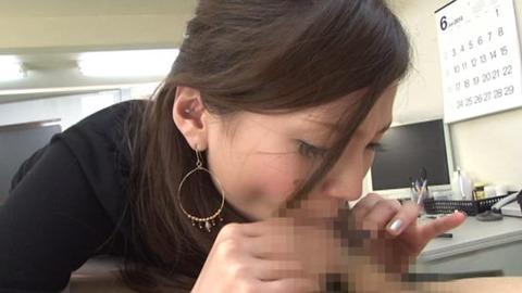 包茎チ○ポが大好きな痴女 (29)