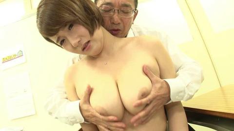 巨乳でソソる女教師 (40)