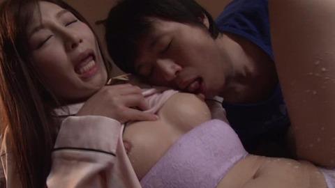 佐々木あき (25)