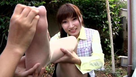 足の指ナメフェチ画像-027