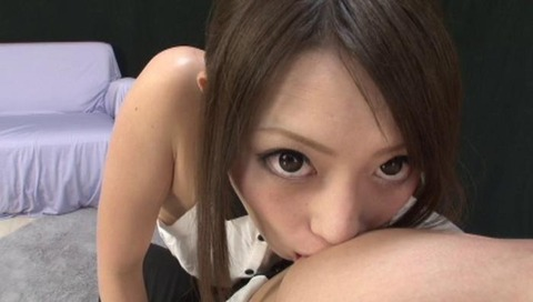 美人なお姉さんの手コキ画像-043