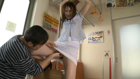 吉沢明歩-痴漢-陵辱-020