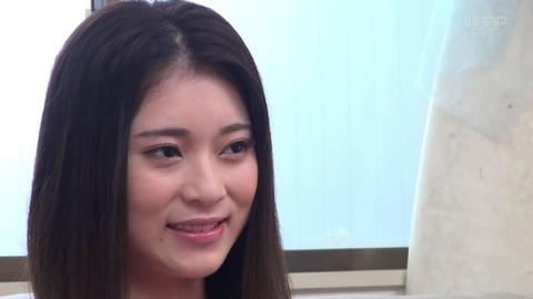 小林メイ (1)