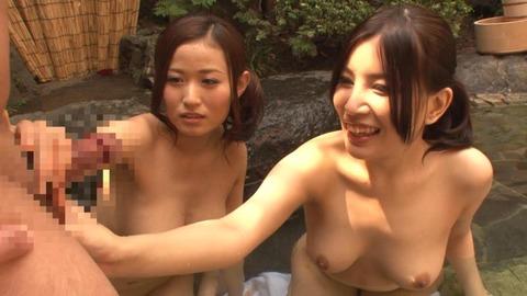 露天風呂-3p-05
