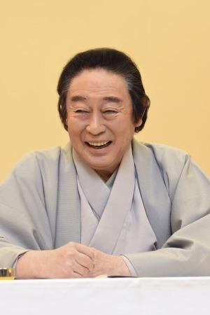 尾上菊五郎インタビューカット