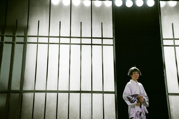 s_06 世田谷パブリックシアター『お勢登場』撮影:細野晋司_AHY1602