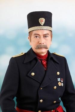 レオーノフ海軍大佐:田代 久雄