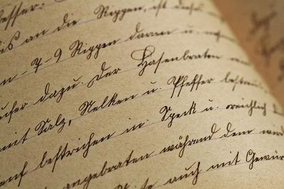 handwriting-1362879_1280