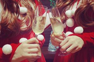 未婚女性「クリスマスだけはどんな男でもいいから一緒にいたい」「プレゼントは50万円以上がいい」