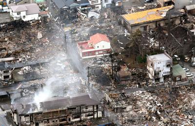 【画像】糸魚川大火に耐えた『奇跡の1軒』地元の建築家に「丈夫な家を」と依頼。飼っていたウーパールーパーも生きていた